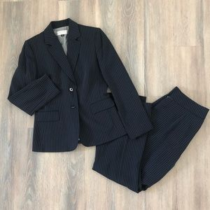 🆕 NWT Tahari Arthur S Levine Petite Pant Suit